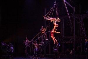 BIAC 2019 : Saloon par le Cirque Eloize