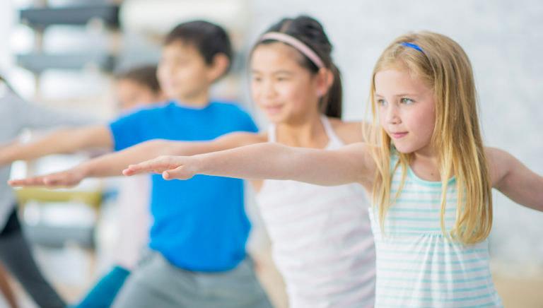 Yoga enfants Grandir en Présence à Marseille