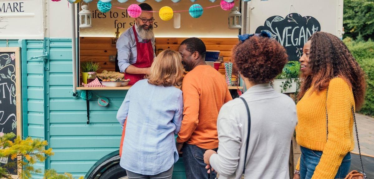 Village food-trucks cet été au Parc Borely
