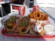 la_trip_pinks_meal