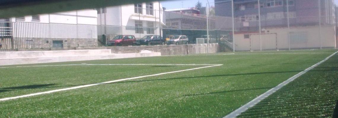 """Campo de futbito """"enrejado"""" al lado Gasolinera de Coia"""