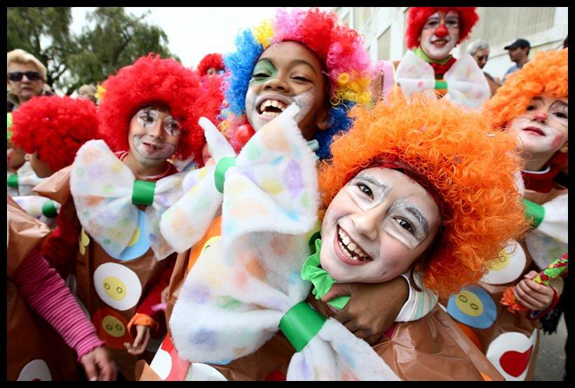 Fiesta Infantil de Carnaval – café catro a catro