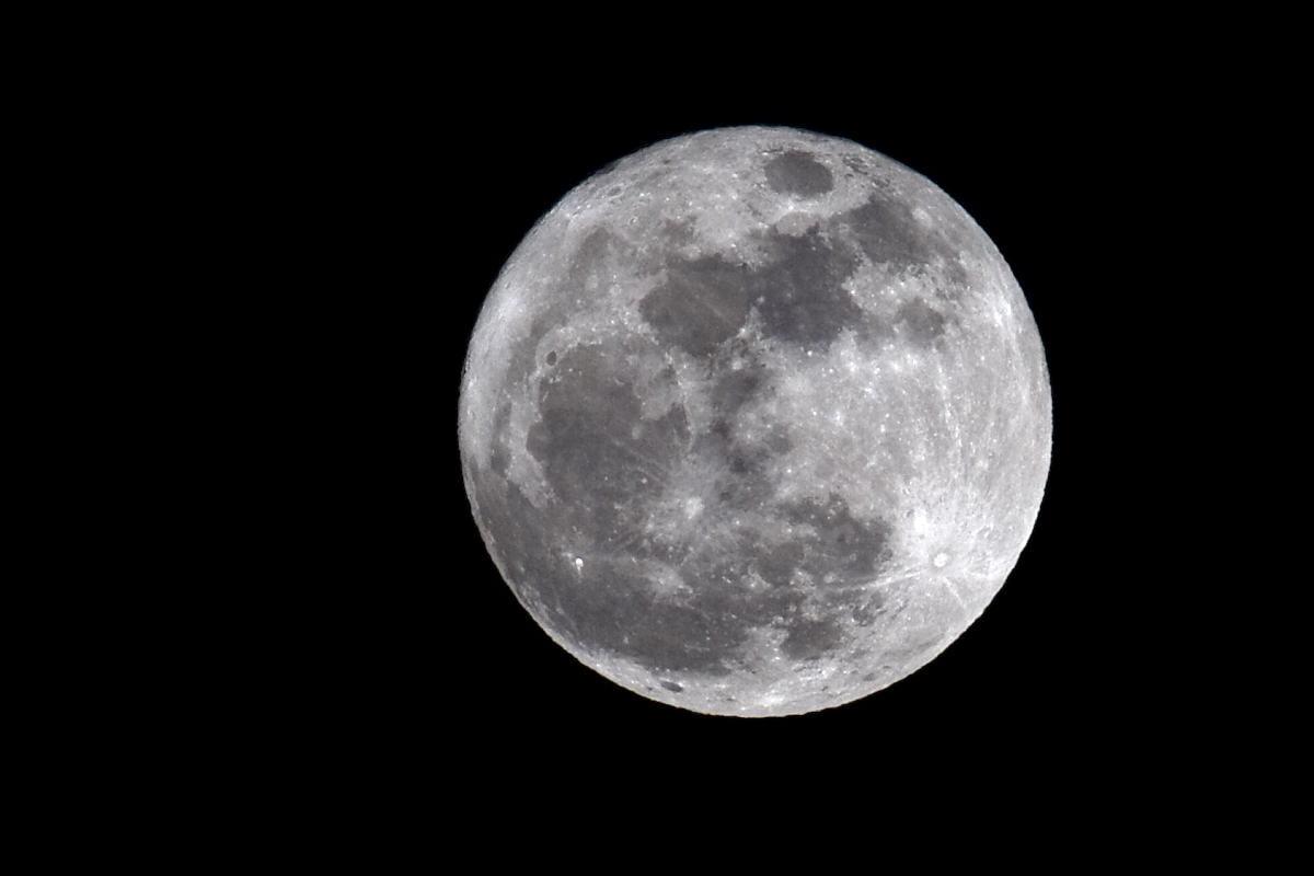 """Día do Conto – """"A qué sabe a Lúa"""""""