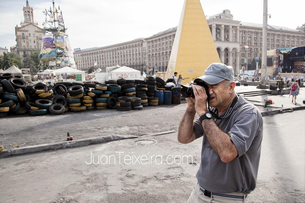 """""""Maidán Circus"""", proyecto fotográfico sobre el conflicto ucraniano"""