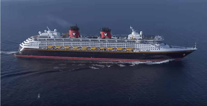 Disney Magic en Vigo. Así es el crucero que llega a la ciudad.