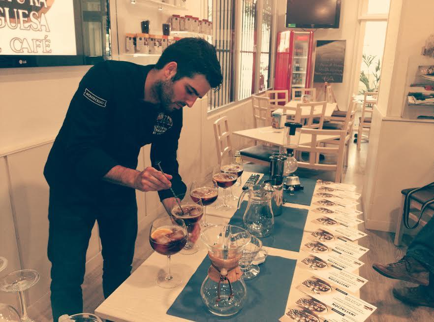 El Vigués Marcos González aspirante a mejor barista de España