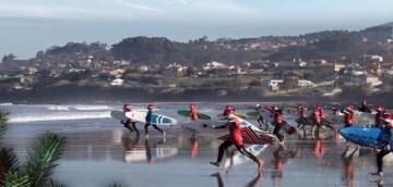 Papá Noel Surfeando 2015