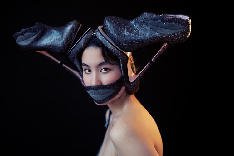 Minna Parika Mask, por Diana Luganski