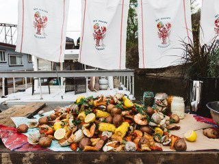 The Maine Squeeze: Styling a Seafood Boil for @TABLEMagazine
