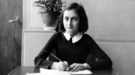 """¡Por fin lo admiten!: El """"Diario de Ana Frank"""" es FALSO"""