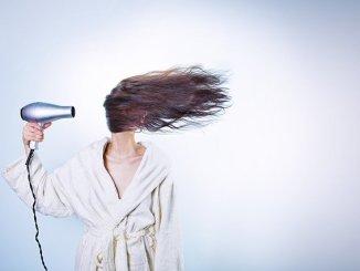 Comment faire repousser naturellement les cheveux