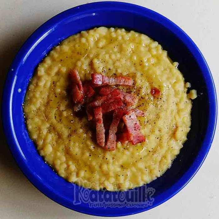 minestra di fave secche e pancetta