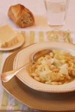 Soupe au chou et haricots blancs