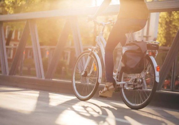 Elops 920 E VAE vélo électrique de ville DECATHLON 1