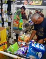 Das Konsumbegehren der Bevölkerung Costa Ricas strebt nach amerikanischen Standards, die kulturelle Entwicklung kommt dabei oft nicht hinterher.