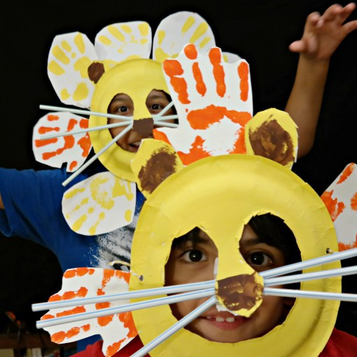 Make Lion Mask Kids Craft - QueMeansWhat.com
