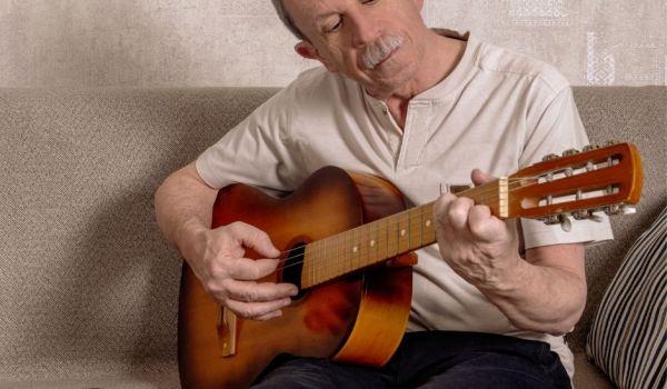 cursos guitarra folclore argentino
