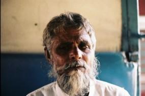 Tri X / Old blind man - Train between Ahmedabad and Udaipur