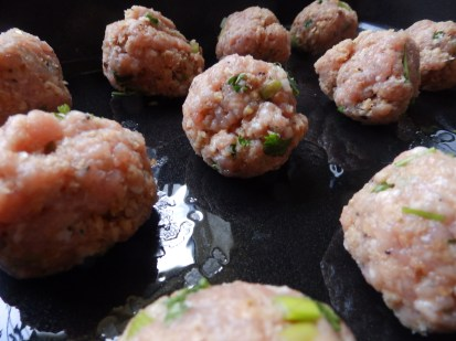 Meatballs - ready for the oven