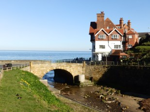 Sandsend - river and bridge