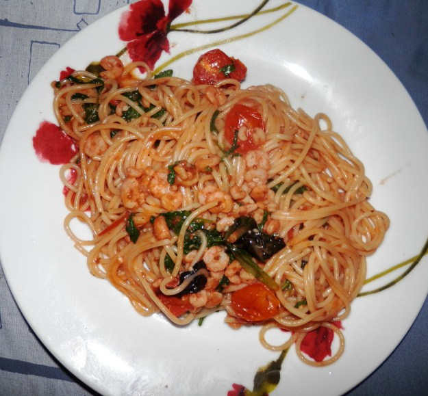Prawn linguine with rocket (and spaghetti)