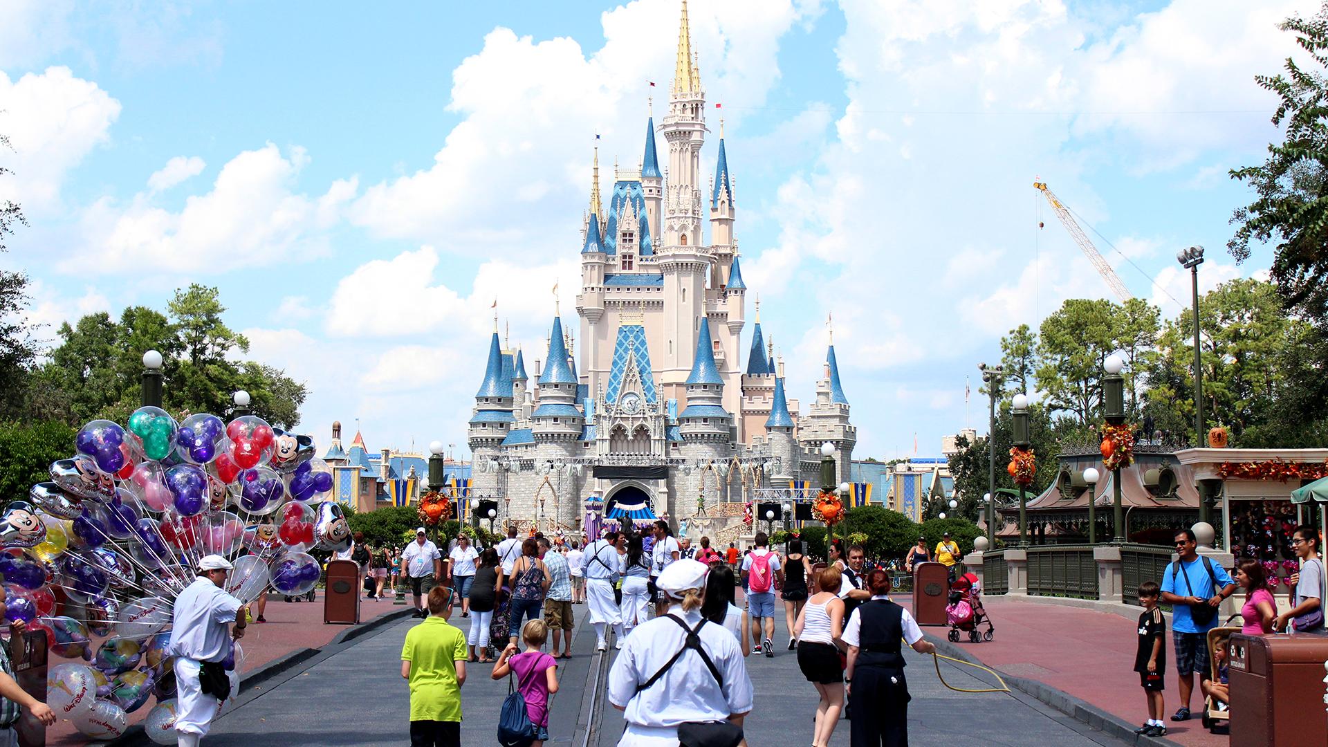 Walt Disney World, SeaWorld e Universal passam a ter detectores de metais