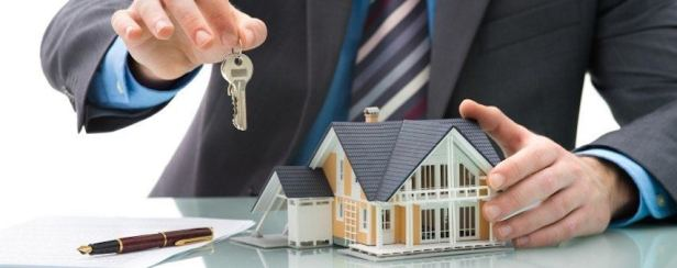 Mortgage Keys Desk House Pen Wideshot