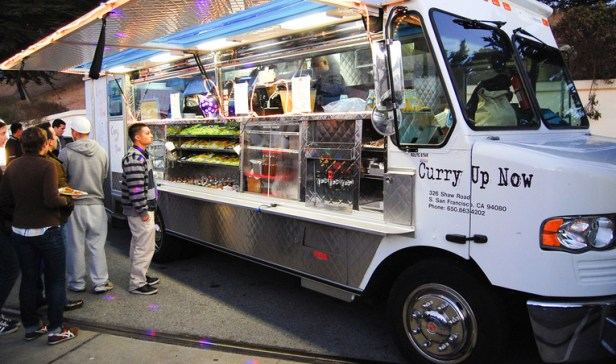 Flickr-Todd-Lappin-Curry-Up-Now-food-truck-r