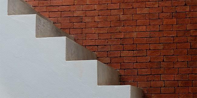 Soñar con escalera de cemento