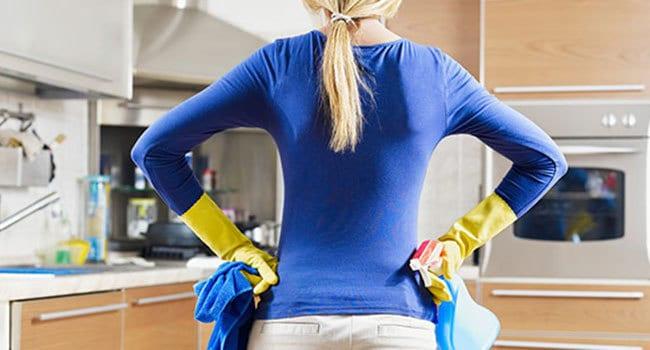 Top cucina, pulizia e manutenzione.