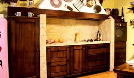 Cucina in stile rustico o country - Questioni di Arredamento