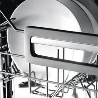 uso-corretto-della-lavastoviglie-009