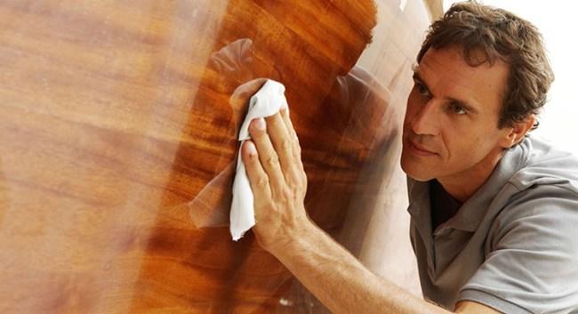 pulizia-dei-mobili-lucidatura-cera