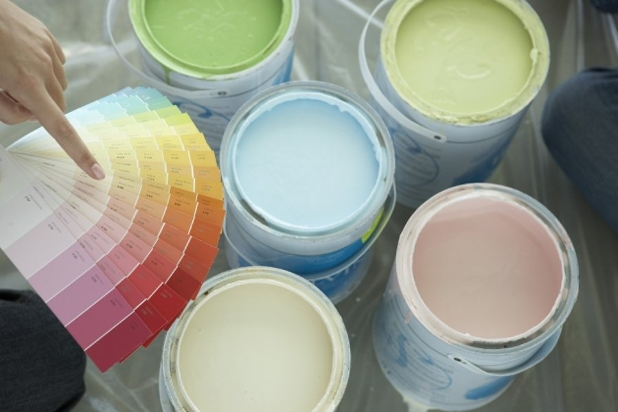 Come si usano i colori per arredare? Scegliere Il Colore Giusto Per Le Pareti Questioni Di Arredamento