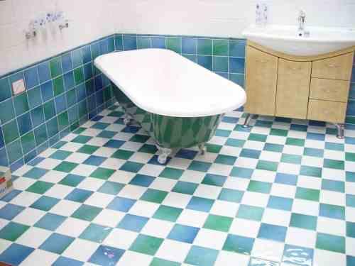 Vasca Da Bagno Usata Piccola : Vasche da bagno piccole. questioni di arredamento