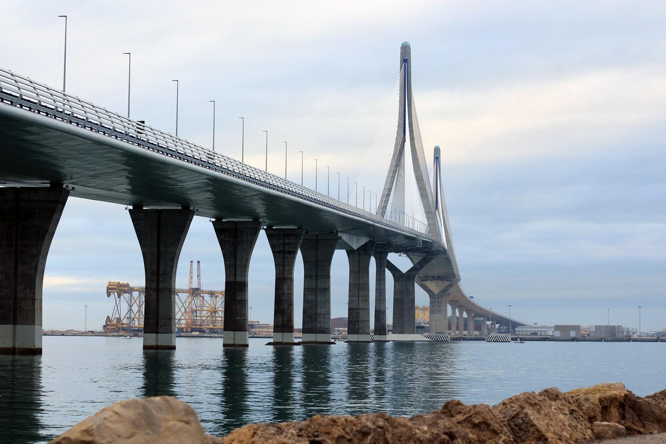 Puente de la Constitución de 1812 en Cádiz