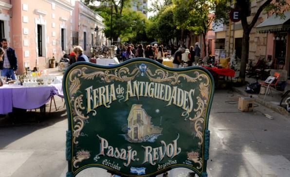 Placa da Feira de Antiguidades