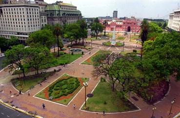 Plaza de Mayo. Foto retirada do site: Hotéis em Buenos Aires