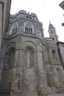 Ábside románico y mudéjar de La Seo