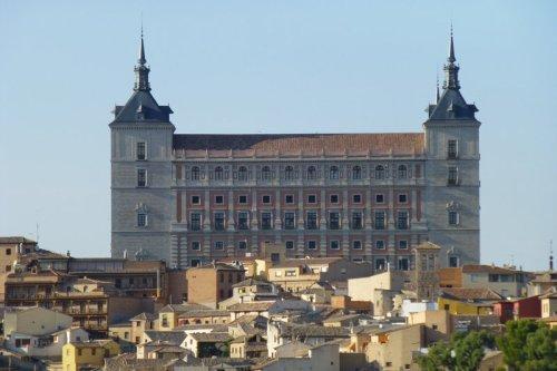 Fachada sur del Alcázar de Toledo, diseñada por Juan de Herrera