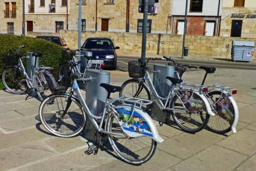 Estación de alquiler de bicicletas en Salamanca