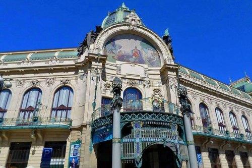 Casa Municipal, uno de los edificios civiles más llamativos de Praga