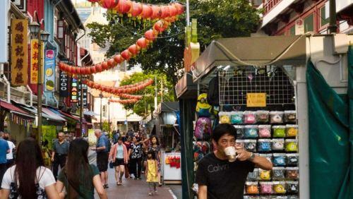 Calle de Chinatown, uno de los barrios tradicionales de Singapur