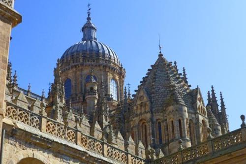 Cimborrio románico de la Catedral Vieja de Salamanca