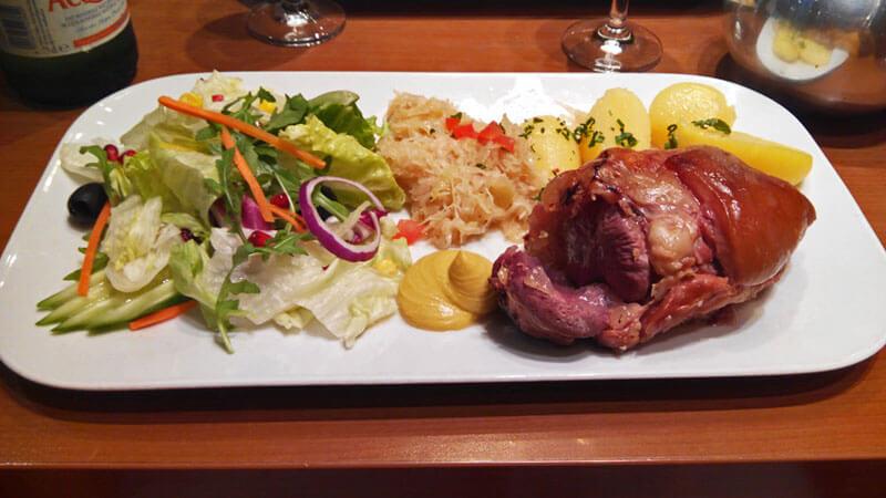 Qué comern Berlín, platos, bebidas y dulces que componen la gastronomía tradicional de Berlín