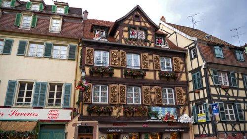 Los edificios de Colmar parecen sacados de un cuento de fantasía