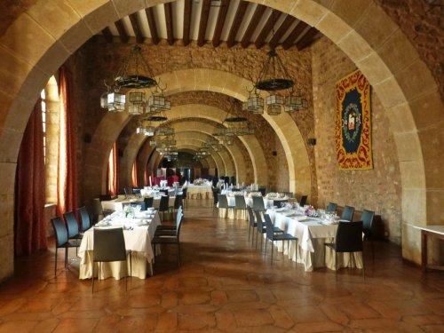Comedor de la Reina Doña Blanca en el Castillo de Sigüenza