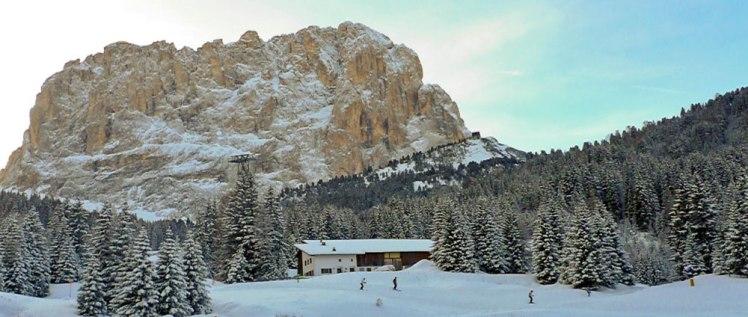 Para esquiar, pasear, disfrutar de la montaña, el invierno es la época ideal para descubrir las Dolomitas