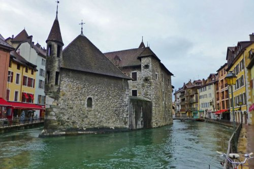 Guía completa para visitar Annecy, una de las ciudades más bonitas de Francia