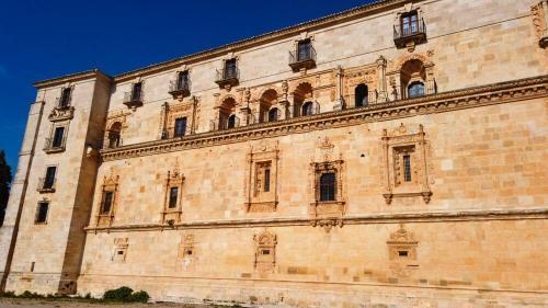 Fachada plateresca del Monasterio de Uclés